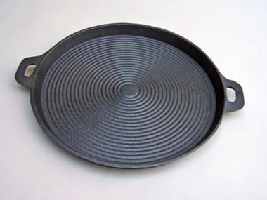 Sütő serpenyő, öntvény lapos D= 35cm bordázott